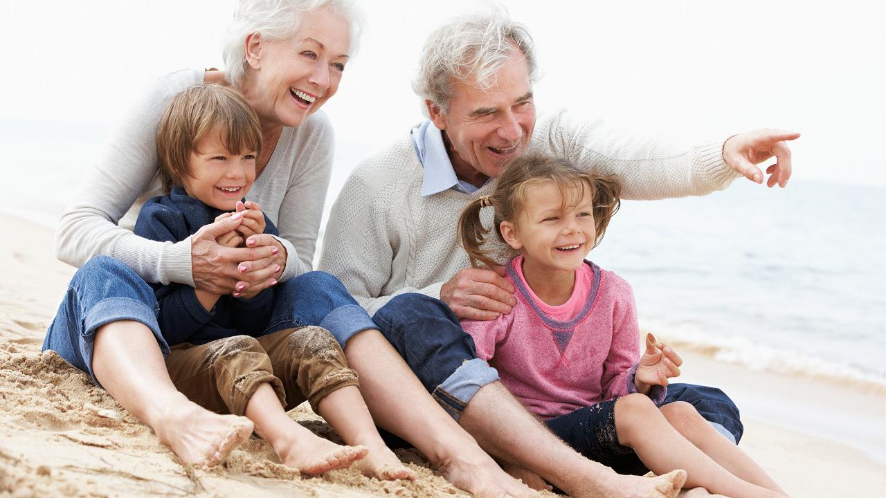 Festa dei Nonni: fatti per amare e aggiustare le cose