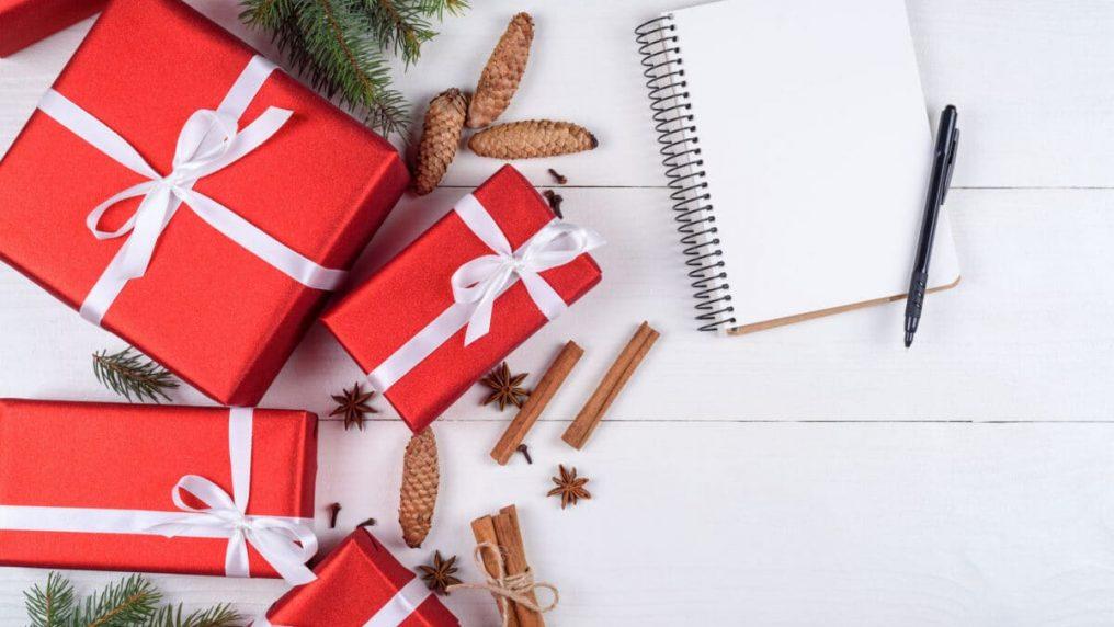 Più di 50 frasi di Natale per i tuoi regali