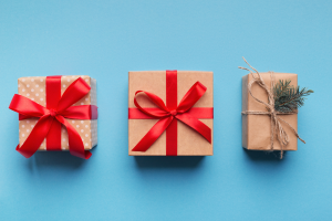 Idee Regali Di Natale A Basso Costo.Pacchetti Originali A Basso Prezzo Per I Tuoi Regali Di Natale Il Faro Blu
