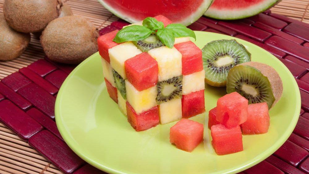 Buffet di Frutta Creativa: perfetto per la tua festa all'aperto