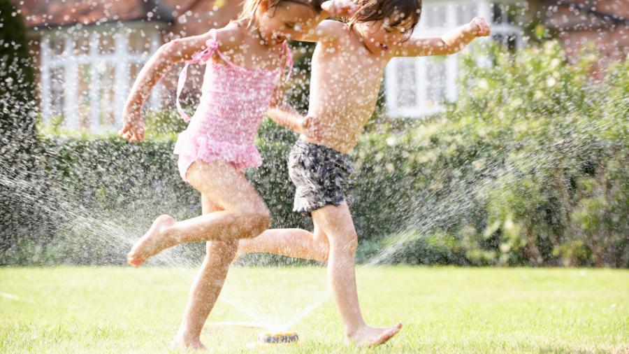 Tanti giochi da fare in giardino con i bambini da 3 a 7 anni