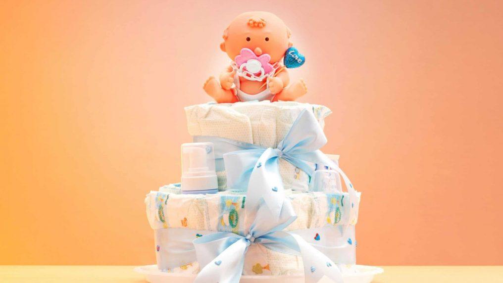 Torta di pannolini, il regalo perfetto per un bambino appena nato